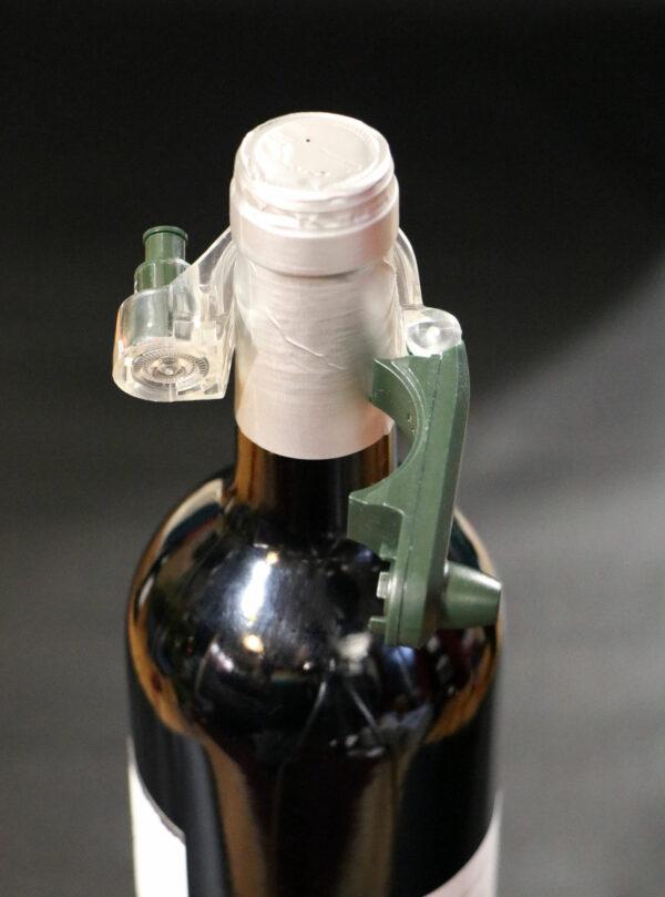 Forstag Vin ouvert sur bouteille