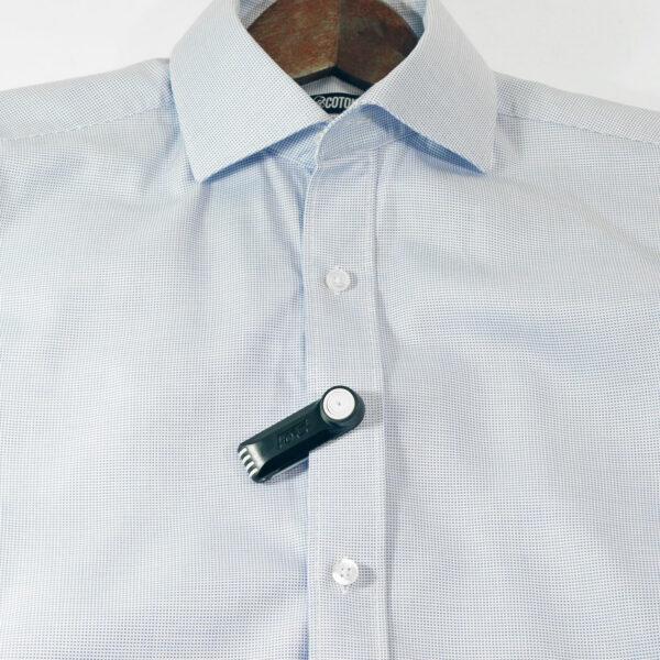 Forstag Trad sur chemise