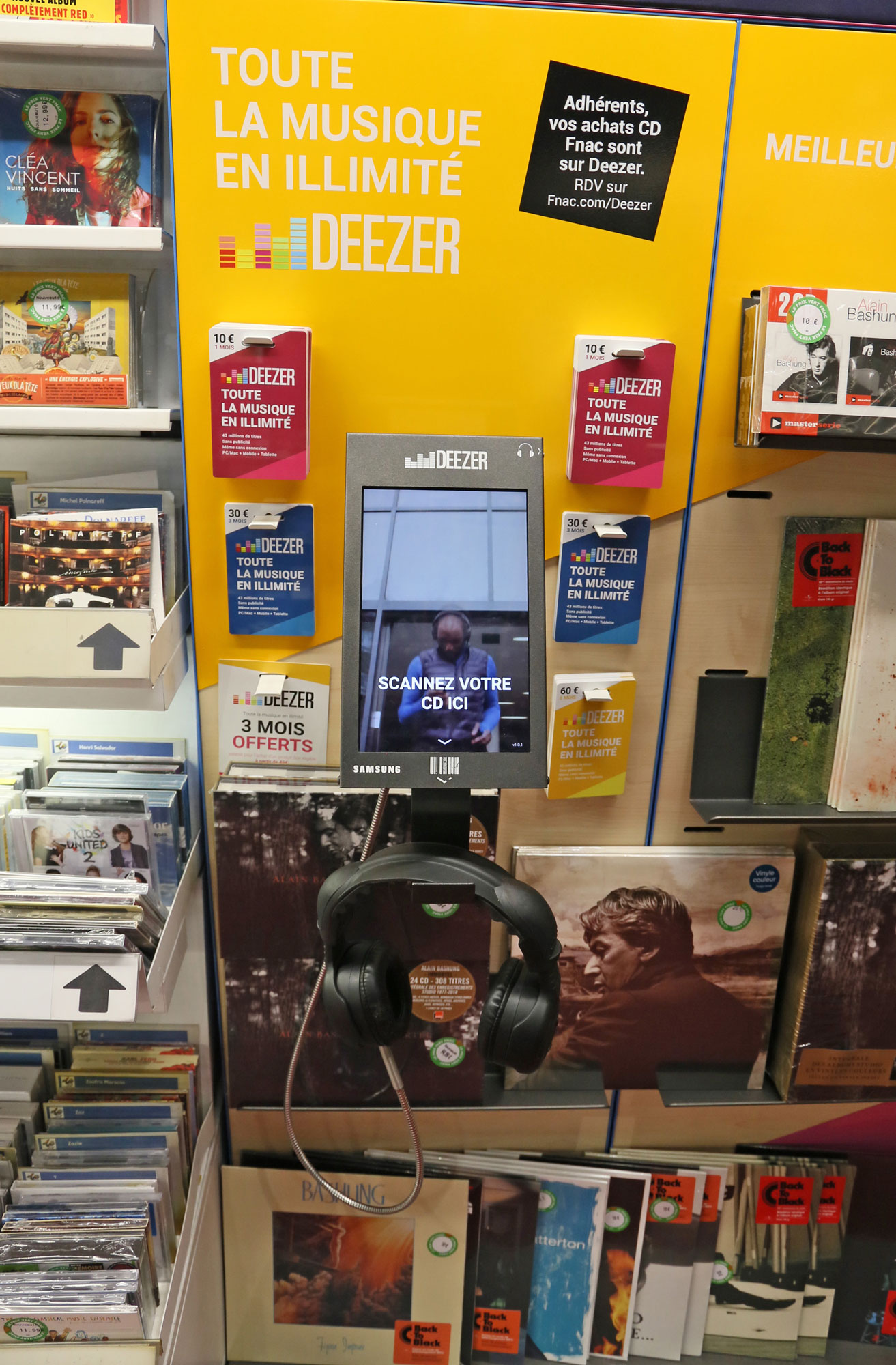 Deezer station in situation